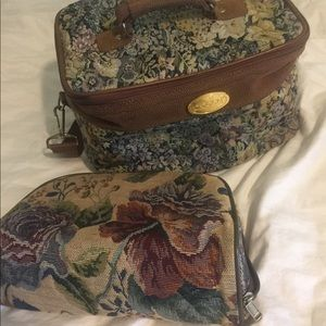 Vintage Floral Tapestry Travel Cases Toiletry